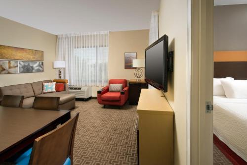 TownePlace Suites Lexington Park Patuxent River Naval Air Station Photo