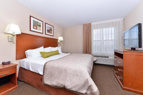 Candlewood Suites Elmira Horseheads Photo