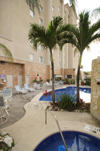Hampton Inn Tampico Airport Photo