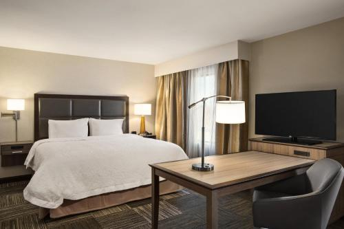 Hampton Inn & Suites Minooka in Channahon