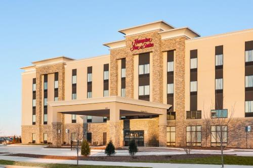 Hampton Inn & Suites Minooka Photo