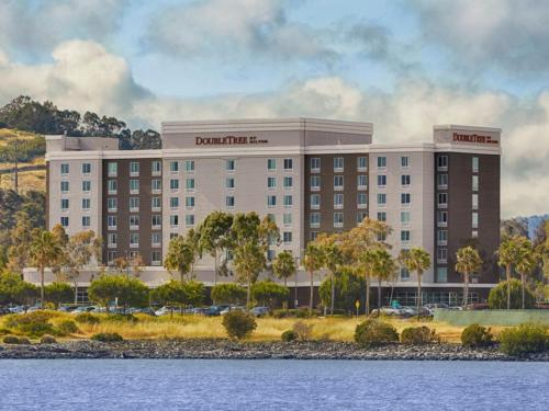 DoubleTree by Hilton San Francisco Airport North Photo