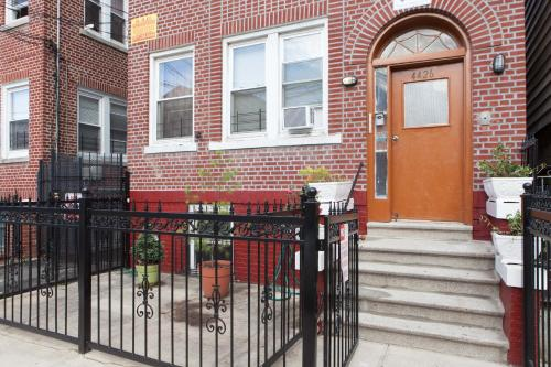 One and Two Bedroom Apartments - Bronx Photo