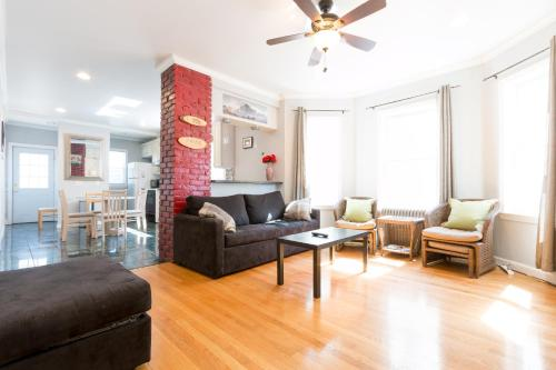 3 Bedroom Apartment on Quiet Somerville Street