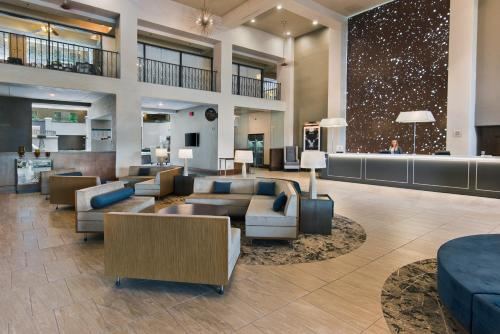 Embassy Suites Los Angeles - Downey Photo
