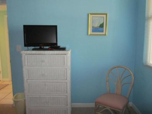 Emerald Key Unit 202 Photo