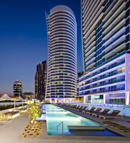 Private Luxury Apartments on Surfers Paradise Boulevard, Серферс Парадайз