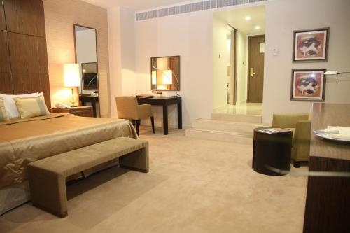Ramada Dubai photo 4