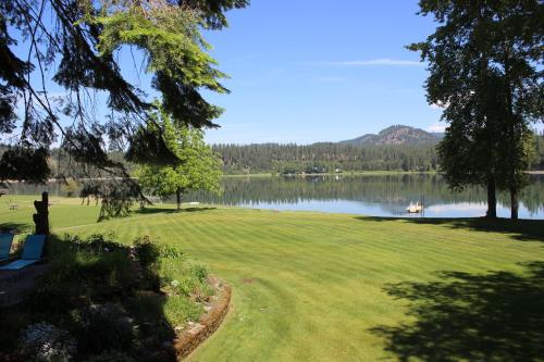 Penny's Place on the River - Newport, WA 99156