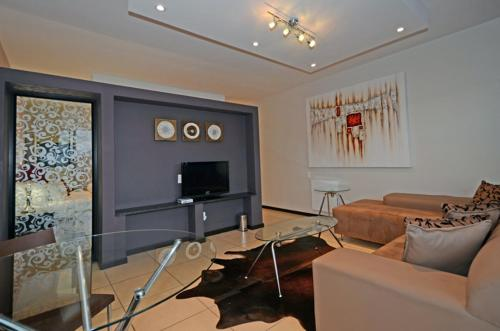 12 Stars Lifestyle Apartments Photo