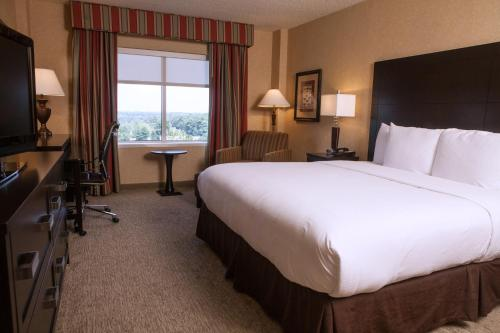 DoubleTree by Hilton Atlanta/Roswell - Alpharetta Area Photo