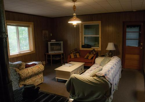 Burr Oak Cabin Photo