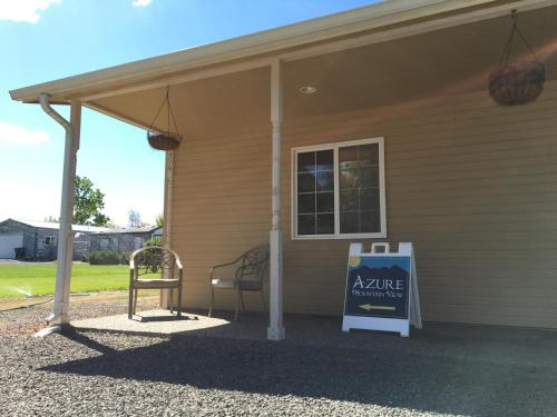 Azure Mountain View Inn Bed And Breakfast - Adult Only - Walla Walla, WA 99362