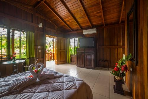 Hotel Rancho Cerro Azul Photo