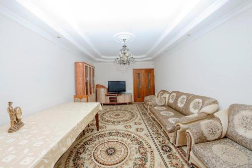 http://www.booking.com/hotel/kz/nomad-complex-apartment-on-syghanaq-10.html?aid=1728672