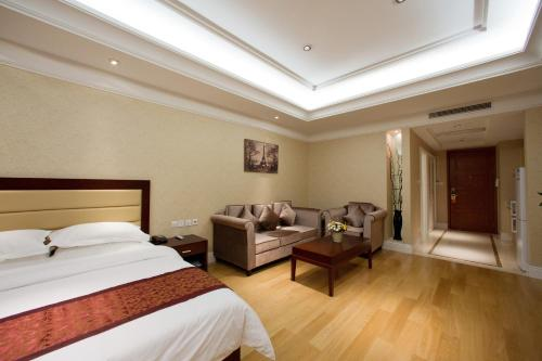 Puyu Zhongrun Apartment Hotel photo 8