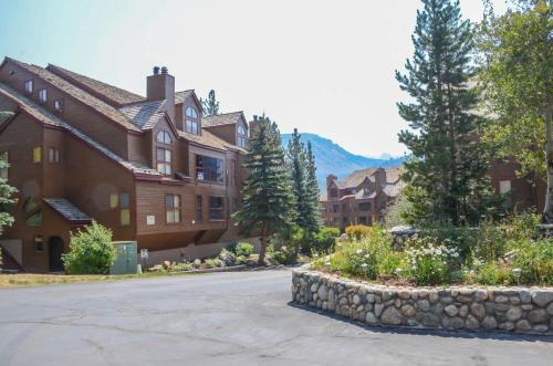 Aspen Creek #102 - Two Bedroom Condo
