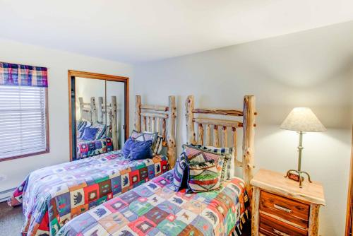 Sierra Megeve #03 - Two Bedroom Condo - Mammoth Lakes, CA 93546