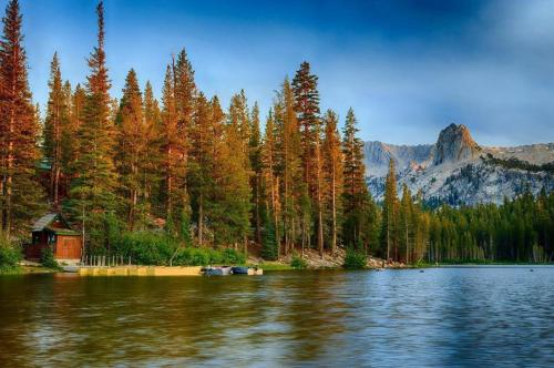 Mammoth Point #129 - Two Bedroom Condo - Mammoth Lakes, CA 93546