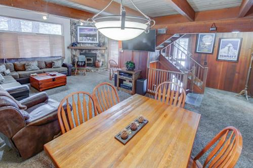 Winterset #33 - Two Bedroom Loft Condo - Mammoth Lakes, CA 93546