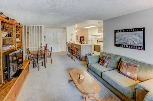 Crestview #49 - Two Bedroom Condo - Mammoth Lakes, CA 93546