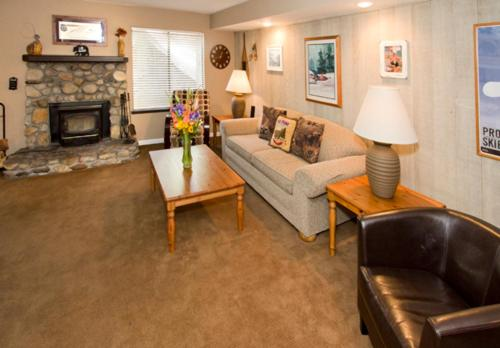Horizons 4 #119 - One Bedroom Condo - Mammoth Lakes, CA 93546