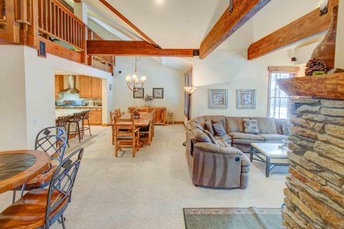 The Lodges #1158 - Two Bedroom Loft Condo - Mammoth Lakes, CA 93546