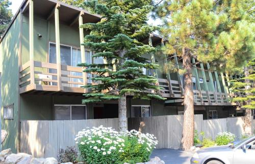 Tyrolean Village #206 - Two Bedroom Condo - Mammoth Lakes, CA 93546