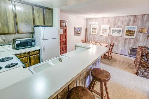 Chamonix #025 - One Bedroom Condo - Mammoth Lakes, CA 93546
