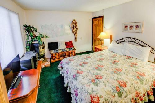 Chateau Sans Nom #13 - Four Bedroom Condo - Mammoth Lakes, CA 93546