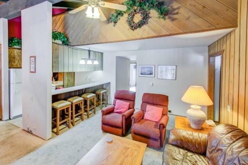 Sunshine Village #170 Condo - Mammoth Lakes, CA 93546