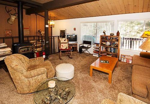 Timberline #44 - Two Bedroom Condo - Mammoth Lakes, CA 93546