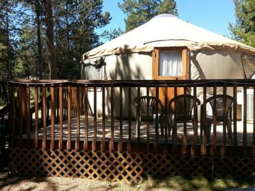 Bend-Sunriver Camping Resort 24 ft. Yurt 12 Photo