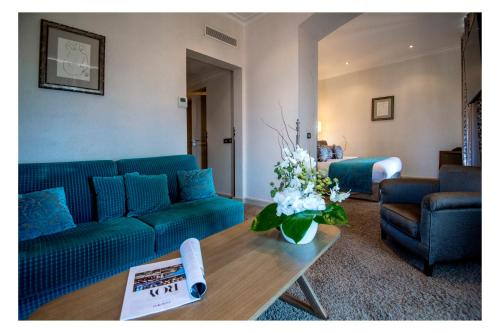 Hotel La Perouse , Nice, France, picture 2