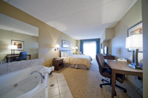 Country Inn & Suites Deer Valley Photo