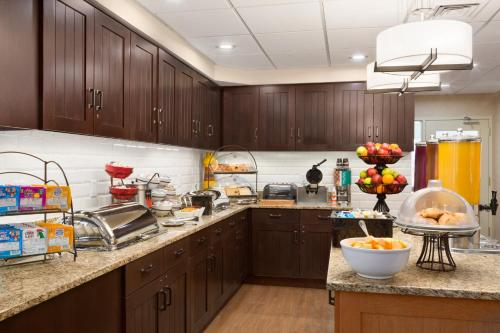 Homewood Suites by Hilton Dallas-Park Central Area photo 14