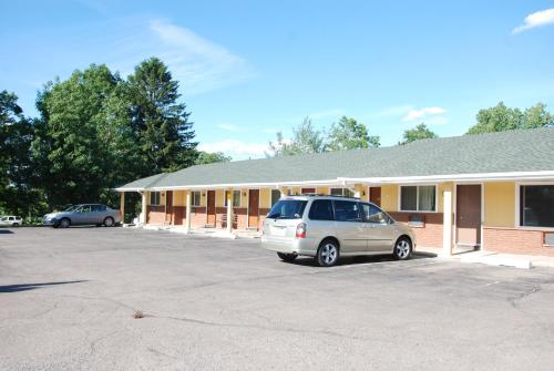 Mount Laurel Motel Photo