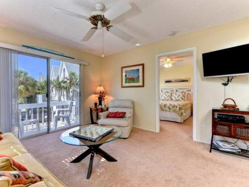 North Beach Village 6313 Gulf Apartment Photo