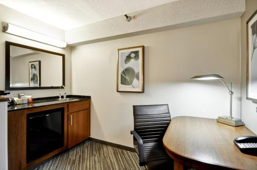 Hyatt Place Indianapolis/Keystone photo 31