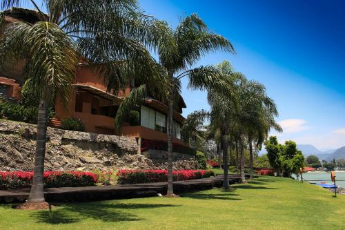 El Santuario Resort & Spa Photo