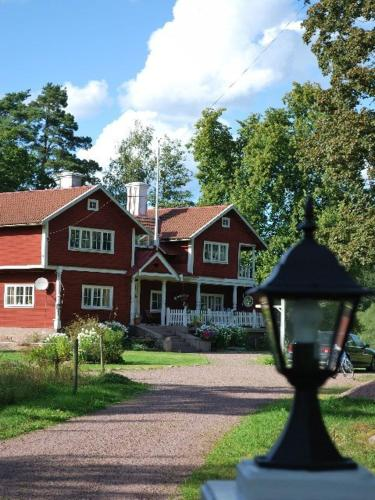 Villan Emsnäs Bed & Breakfast