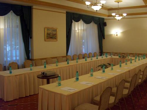 Ramada Majestic Bucharest Hotel