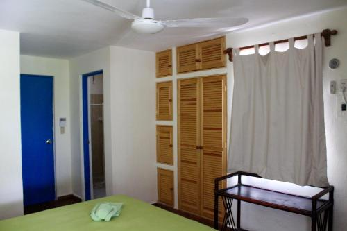 28 Guest House Photo
