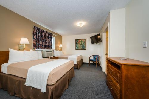 Tampa Bay Extended Stay Hotel - Largo, FL 33771
