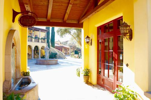 CaliPaso Winery & Villa - Paso Robles, CA 93446