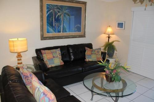Tradewinds 24 Apartment Photo
