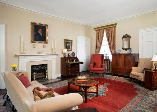 Linden - A Historic Antebellum Bed and Breakfast Photo