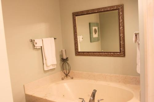 Sterling Shores Apartment Photo