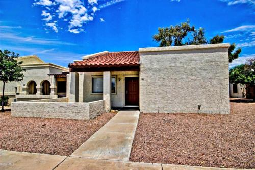 Downtown Chandler Townhome Photo