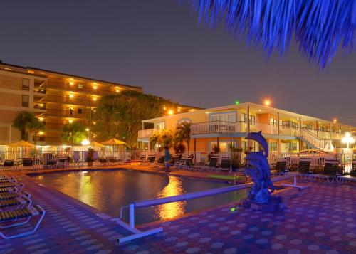 Plaza Beach Hotel - Beachfront Resort - St Pete Beach, FL 33706
